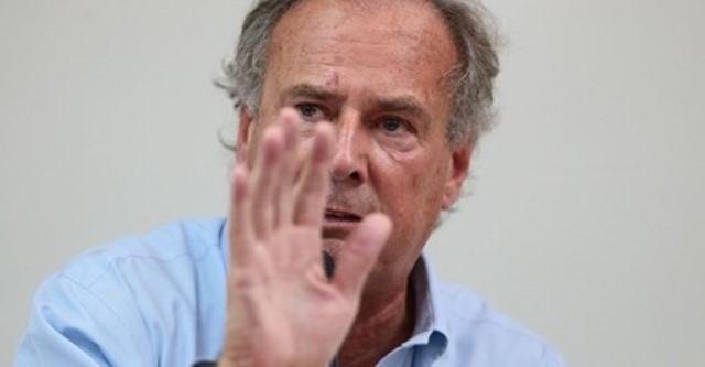 Alfredo Barnechea renunció a su precandidatura presidencial con Acción Popular