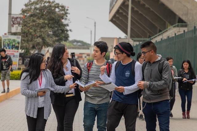 Minedu lanzará más de 14 000 becas de educación superior para peruanos de escasos recursos