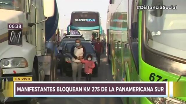 Ica: Pasajeros varados necesitan agua y comida en el kilómetro 275 de la Panamericana Sur