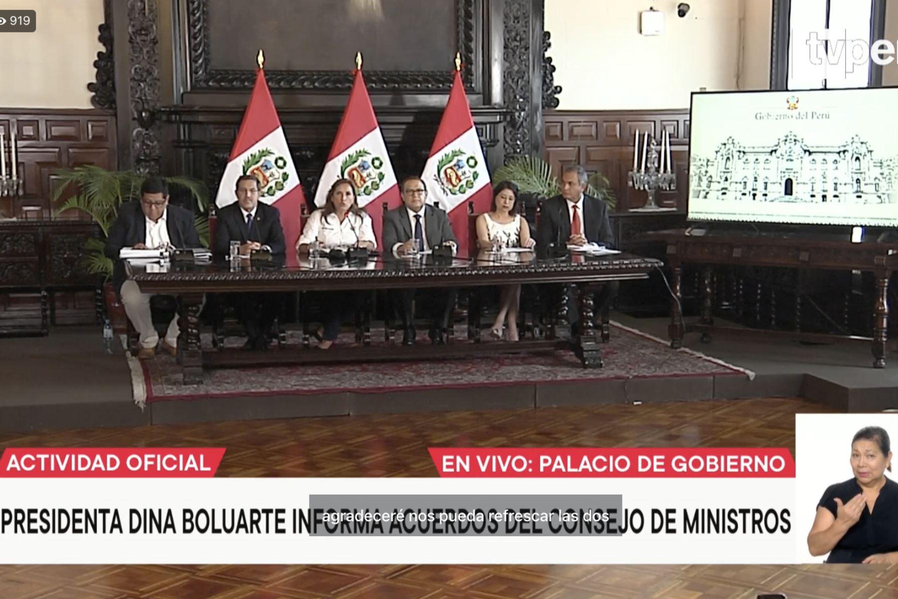 Canciller afirma que vacunas Johnson & Johnson para Perú están aseguradas