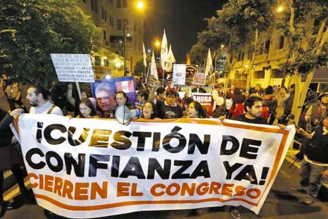 Conspiración para vacar al Presidente y descubrimiento que Perú tiene solo un cuasi Ejército