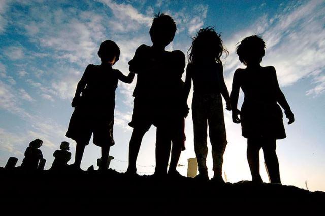 El Gobierno estableció nuevas medidas para el fortalecimiento de la protección de menores de edad sin cuidados parentales o en riesgo de perderlos