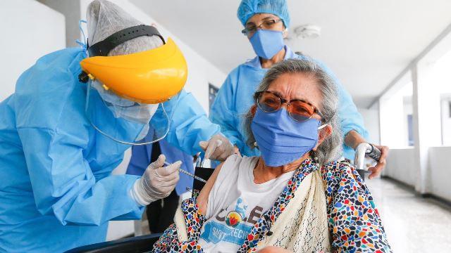 Ministro Ugarte: Nueva estrategia de vacunación contra COVID-19 inicia el 16 de abril