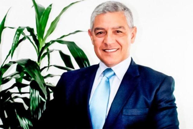 Designan secretario general del Despacho Presidencial a José Elice