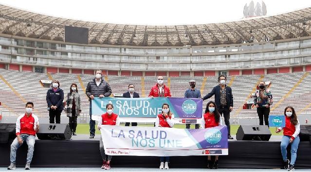 """Minsa, Pelo Madueño y artistas invitados lanzan canción """"En nuestras manos"""" como homenaje a los """"héroes de la salud"""""""