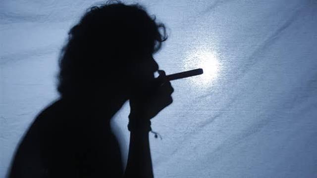 Minsa: Consumo de tabaco puede aumentar el riesgo de sufrir problemas de salud menta