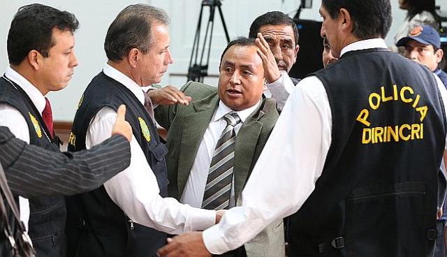 Exigen que se investiguen otros casos de corrupción de la gestión de Gregorio Santos