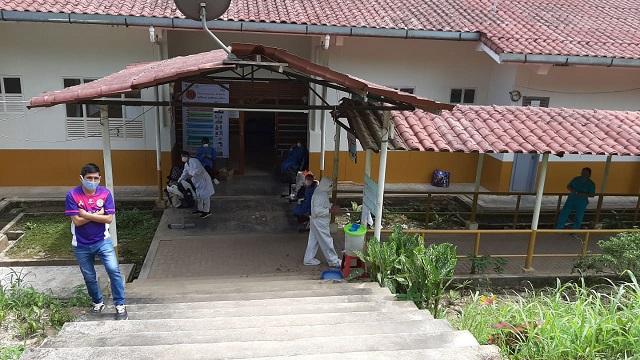 Hospital de Nieva colapsó, el 50 por ciento de profesionales de la salud están aislados por covid – 19