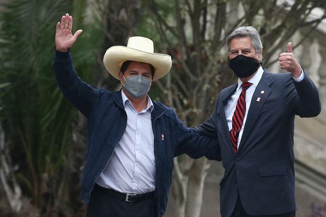 Jefe del Estado se reúne con presidente electo, Pedro Castillo