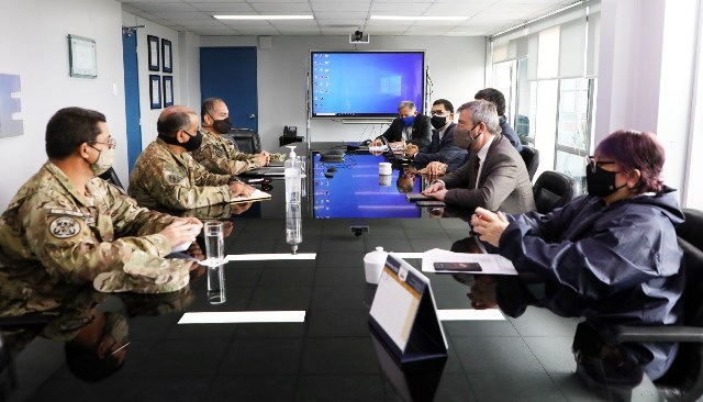ONPE coordina con las FF.AA. seguridad para elecciones internas y comicios generales