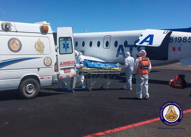 Paciente Covid es referido en ambulancia aérea