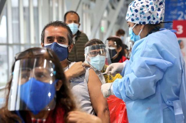 Trabajadores podrán tener hasta 4 horas de licencia para vacunarse