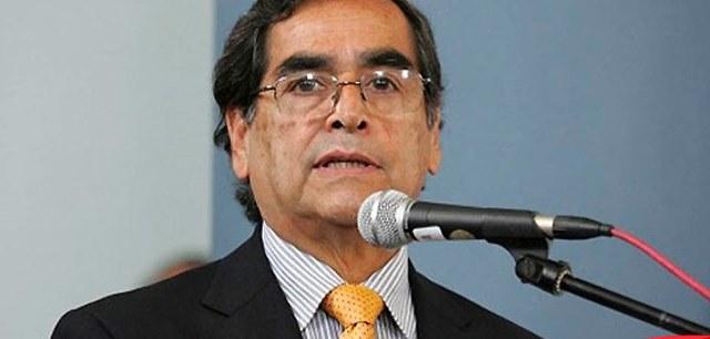 Ministro Ugarte: Miembros de mesa no serán vacunados antes de las Elecciones