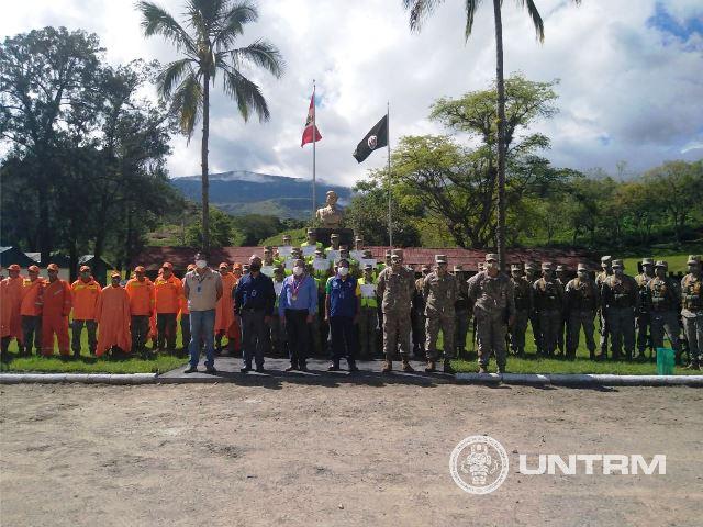 UNTRM capacita a Batallón de Ingeniería y Construcción Morro Solar N°1 del Ejército del Perú sobre inseminación artificial