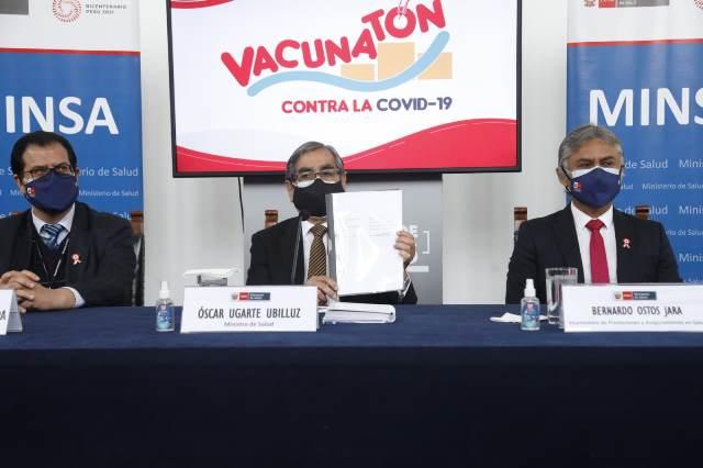 El Perú firmó contratos de adquisición por 98.8 millones de dosis de la vacuna contra la COVID-19