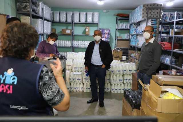 Gobernador de Amazonas realizó visita inopinada a almacenes de la DIRESA en Chachapoyas