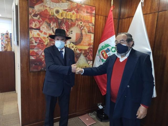 Huaqueros e invasores siguen destruyendo patrimonio arqueológico de Lambayeque