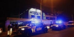 Policía fue asesinado a balazos por un intervenido en comisaría de Orrantia en San Isidro (VIDEO)