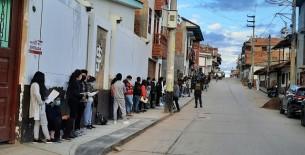 Vacunatón en Chachapoyas se inicia con largas colas